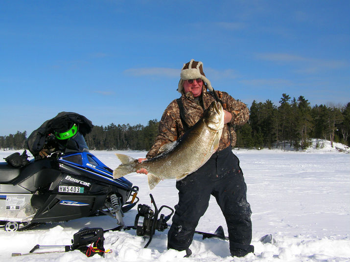 mn lake trout could be new ice fishing world record