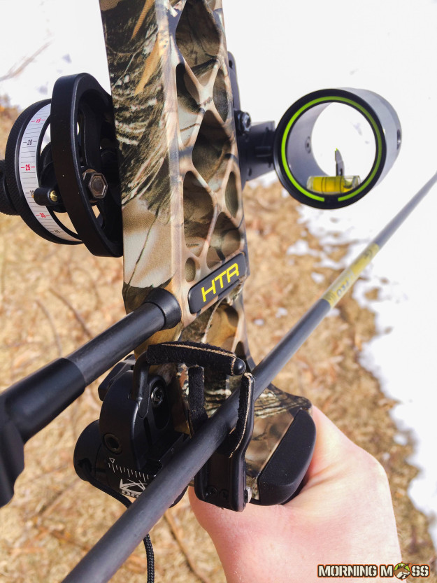 All You Need to Know Before Getting Yourself a Hunting Bow